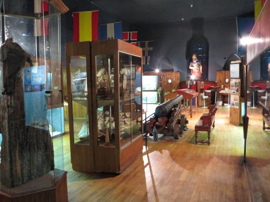 Cape Agulhas Tour shipwreck museum