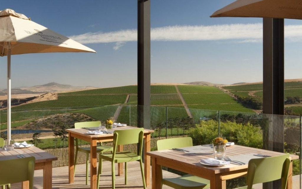 DH-Restaurant-Deck-005-1080×675